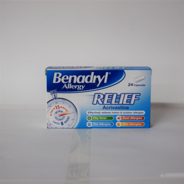2461820-Benadryl Allergy relief Caps 24